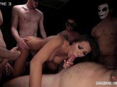 Vídeo pornô caseiro grátis mulher na suruba gostosa